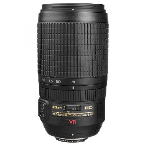 Nikon AF-S 70-300mm F4.5-5.6G VR